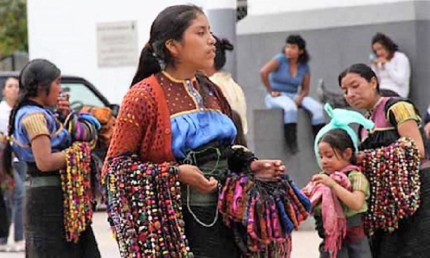 Piden indígenas programa de vivienda, plazas y corredores comerciales en CDMX